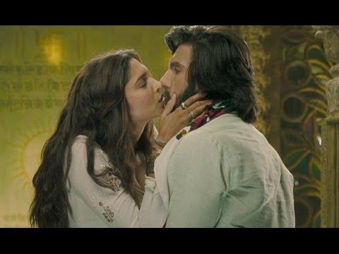 Xxx Mp4 Cute Kiss Between Deepika Padukone Amp Ranveer Singh 3gp Sex