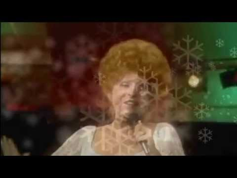 Brenda Lee - Rockin Around The Christmas Tree (Music Video)