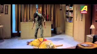 Bari Theke Meye Chhintai - Love Scene - Bengali Movie - Keno Kichhu Kotha Bolo Na