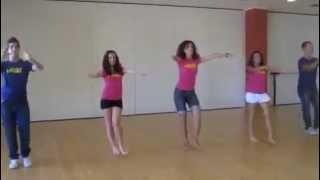 WAKA WAKA dance :) رقص على اغنيه وكا وكا لشاكيرا