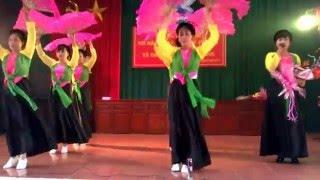 Thái Bình quê lúa hát chèo do đội văn nghệ xóm 7 biểu diễn WP 20160308 14 38 10 Pro