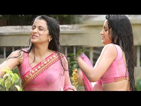 Trisha latest Hot & Spicy in Wet Saree | Hot Exposing | Hot in Rain | Ever seen- MovieBlends