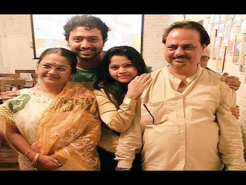 Xxx Mp4 Dev Family Album Actor Dev Deepak Adhikari With His Family অভিনেতা দেবের পরিবার 3gp Sex