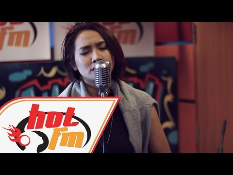 YUKA KHARISMA - CHANDELIER #AkustikaJammers