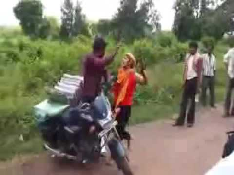 Indian Girl Full Gali And Fight With Poor Man . hindi