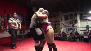 FREE INTERGENDER WRESTLING: Sonya Strong vs.
