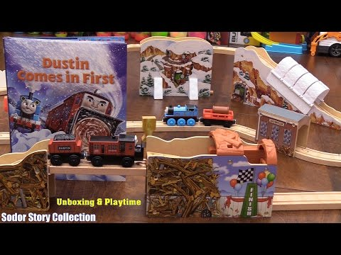 Toy Channel Thomas & Friends Wooden Railway Dustin Comes In First Play Set Unboxing