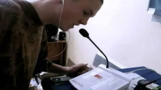 Hopper hacknul školní rozhlas