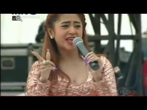 goyang hot Dewi persik kepenonton MNCTV  YouTube