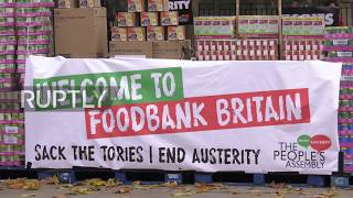 UK: 'Welcome to foodbank Britain' - £10k of food unloaded outside PM's residence