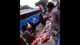 (Hillem Indian) How to cheat people   Fruit market cheating in khammam   Mus