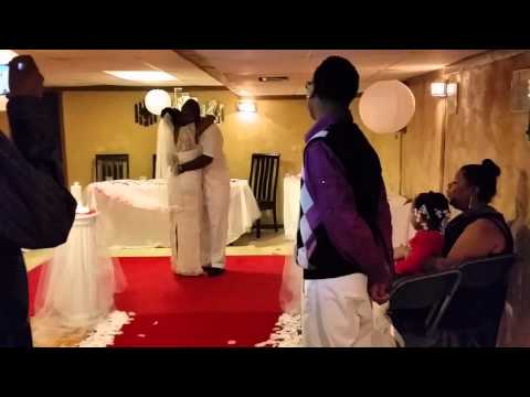 Xxx Mp4 Son Sings Beyonce Cover For His Mom S First Wedding Day Dance At Reception LEMONADE COMING SOON 3gp Sex