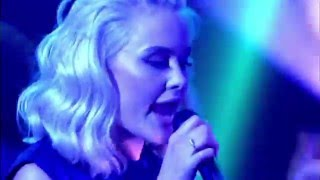 Tinie Tempah  ft. Zara Larsson  - Girls Like LIVE on Jonathan Ross Show | 2 April 2016