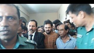 দেখুন ইমরান এইচ সরকারকে বেধড়ক পিটিয়েছে ছাত্রলীগ , Chhatra League beat Imran H Sarker