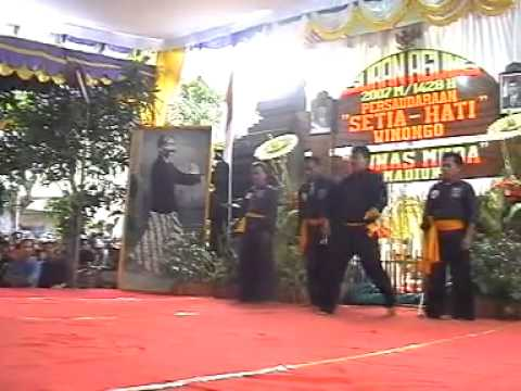 SETIA HATI WINONGO suran agung 2007 pusat madiun