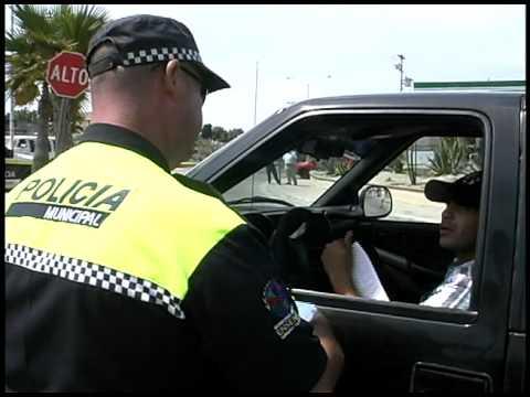 POLICIAS GOLPEADORES ENSENADA