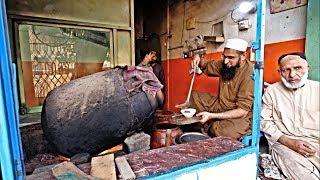 Peshawari Subah Ka Nashta - Yummy Siri Paye - Naiki Siri Paye - Pakistani Street Food - SFR FOODS