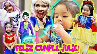 FIESTA DE CUMPLEAÑOS CON DISFRACES!! JULIE CUMPLE 1 AÑO (Joker, princes, monster high) VLOG#150