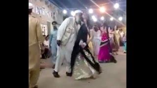 Pashto Wedding Dance Party Hot Girl Dance Mujra