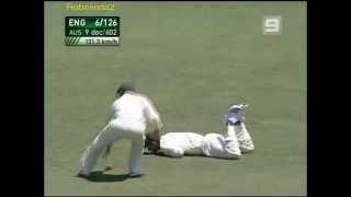 Ponting's classic DROPPED catch + Bill Lawry hilarious commentary!