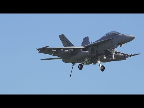 Super Hornet - Cable Arresting Gear Landing at Williamtown