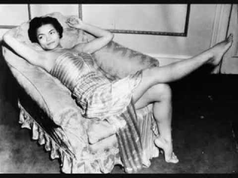 Santa Baby - Eartha Kitt (Original from 1953)