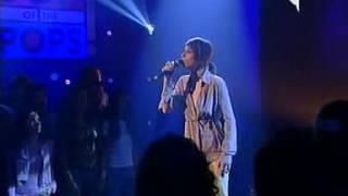 Giorgia - Vivi Davvero (Live @ Top Of The Pops 2002)
