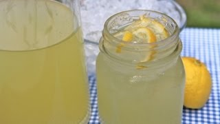 Easy Homemade Lemonade Recipe - Old Fashioned