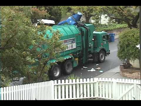 Recycling Garbage Truck Fail
