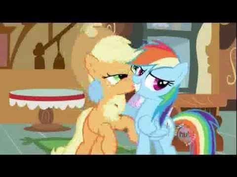 Rainbow Dash kiss Apple Jack