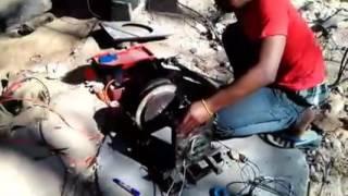 มอเตอร์ทำเองง่ายๆผลิตไฟฟ้าได้220โวลต์โหลดเข้าหินเจีย/Wind Turbine