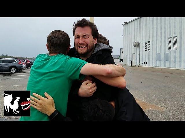 Free Hugs! - RT Life