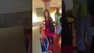 رقص با آهنگ ایرانی در کلاس درس در سوئد