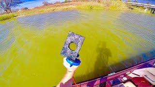 MAGNET FISHING AN OLD CASINO ON A LAKE!!!