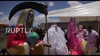 Mexico: Pilgrims bow down to Saint of Death in Tepatepec