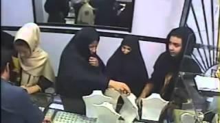 دزدی یک دختر جوان به همراه دو زن از یک طلا فروشی