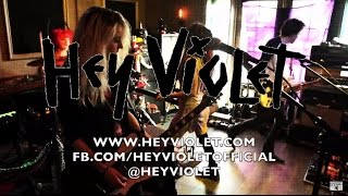 5 Seconds of Summer - 'Hey Violet' Signing (Hi Or Hey Records)
