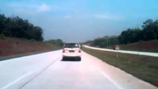 Daihatsu Xenia 160km Cipali VS Inova