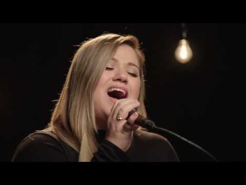Kelly Clarkson It's Quiet Uptown-The Hamilton Mixtape (Live on the Honda Stage at iHeartRadio)