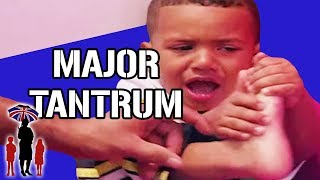 Supernanny | Major Toddler Tantrum In Store Makes Dad Walk Away