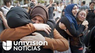 Video: Las madres y los vecinos de los sospechosos del atentado en Barcelona rechazan el terrorismo