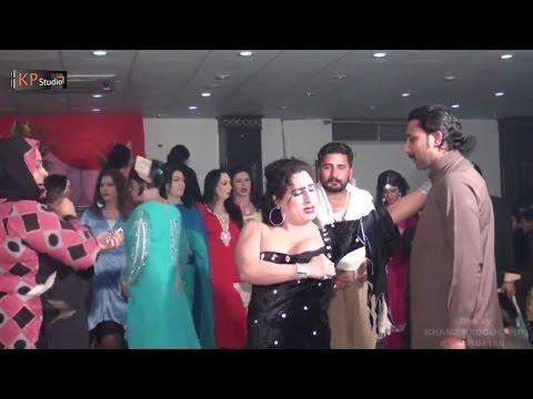 HOT BUBBLY MUJRA AT WEDDING PARTY 2016