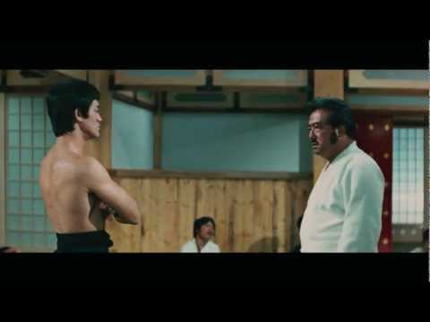 Chen Zhen (Bruce Lee) against Japanese