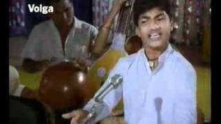 Aanati neeyara swathi kiranam video song.avi