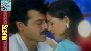 Love Scene Between Venkatesh & Simran || Prematho Raa Movie