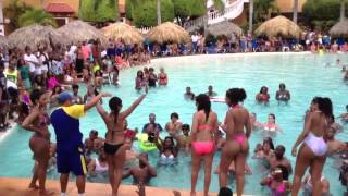 UrbanParadiseDR2013 Splash Bash Pool party 2