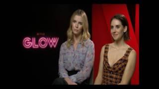 Interview mit Alison Brie und Betty Gilpin
