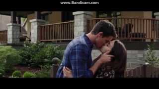 The Duff all kissing scenes