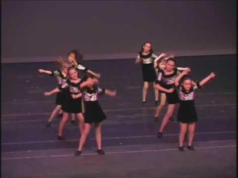 2007 Angela & Julia s Dance Recital I Like To Move It