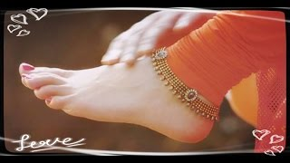 Genelia D'Souza Hot Sexy Feet & Thighs | Genelia D'Souza Sexy Legs